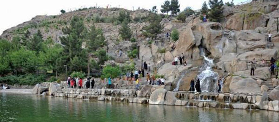 نمایی زیبا از کوه سنگی مشهد