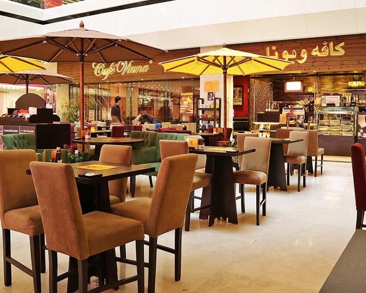 نمایی زیبا از کافه ویونا کیش