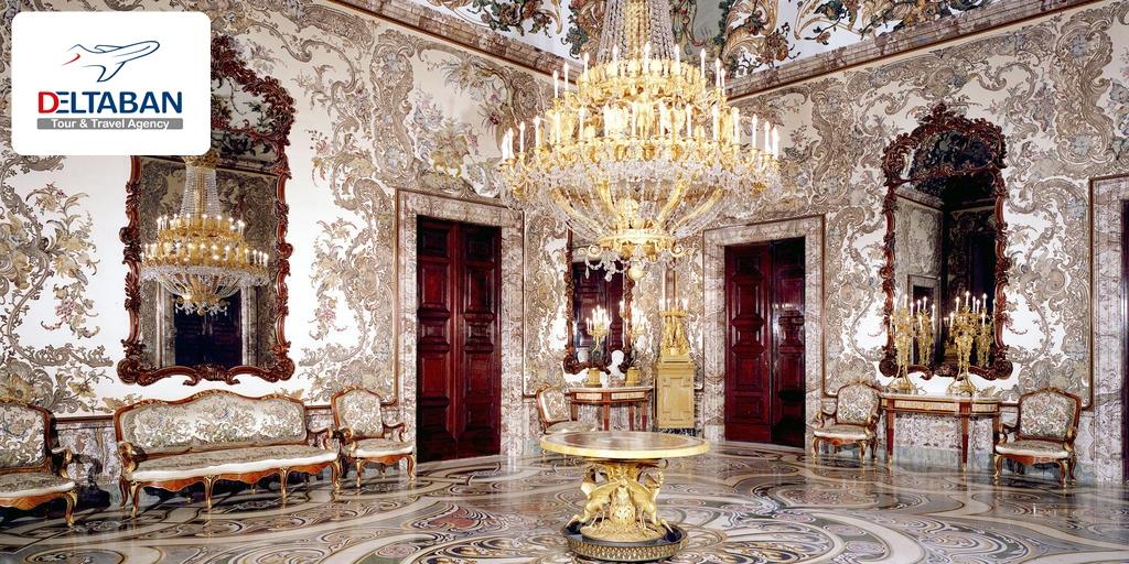 فضای داخلی کاخ سلطنتی مادرید