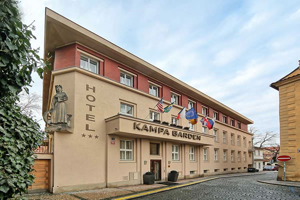 هتل کامپا گاردن