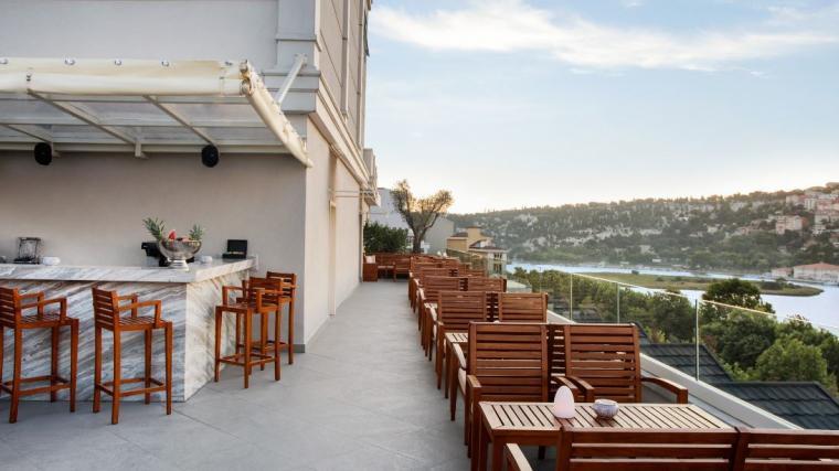 هتل لازونی استانبول