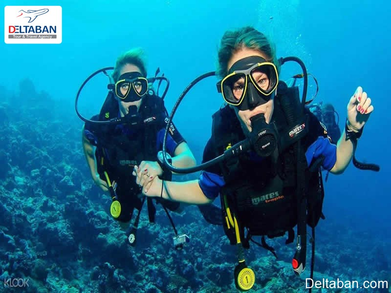 غواصی از جمله تفریحات دریایی دبی