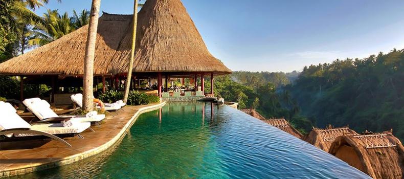 تفریحات دریایی بالی