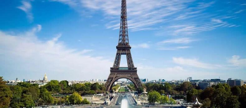 بررسی نباید های سفر به پاریس