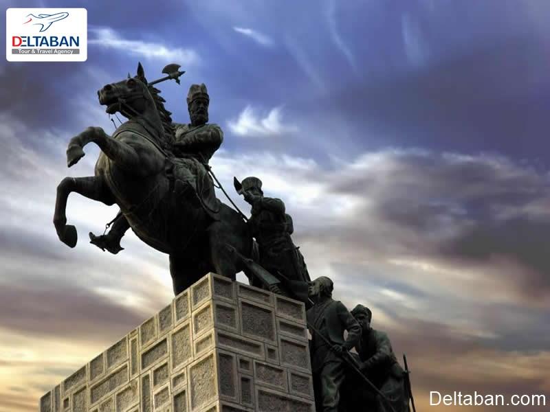 آرامگاه نادر شاه افشار از قدیمی ترین جذابیت های شهری مشهد