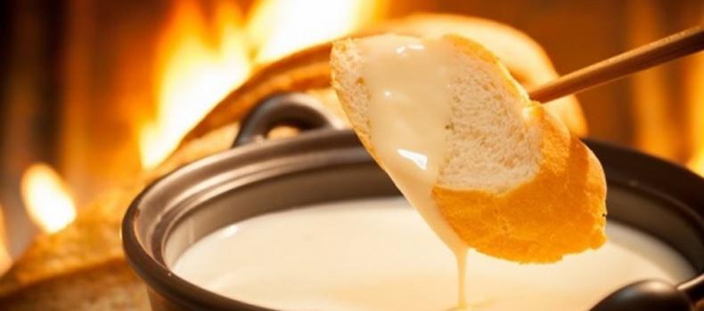 معرفی فوندوی پنیر غذای لذیذ سوئیسی