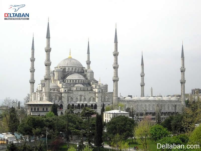 مسجد فاتح ترکیه از مساجد تاریخی استانبول