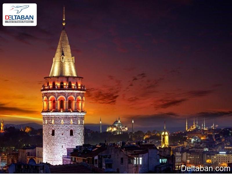 نمایی زیبا از برج گالاتا در شب