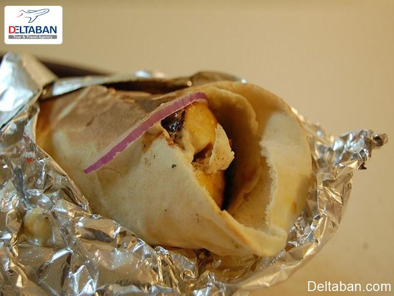 ساندویچ شیش تاووک از غذاهای دبی