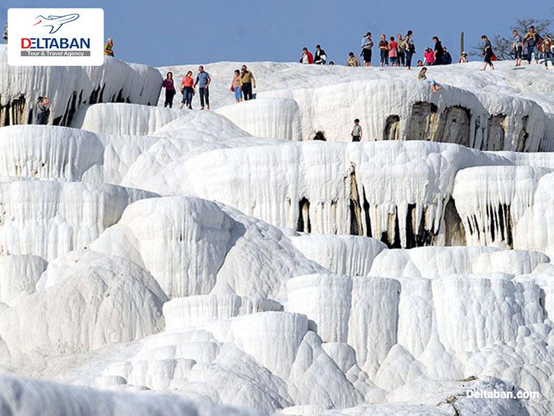 چشمه های آبگرم از جاذبه های گردشگری ترکیه