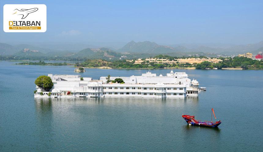 کاخ دریاچه از جاذبه های گردشگری هندوستان