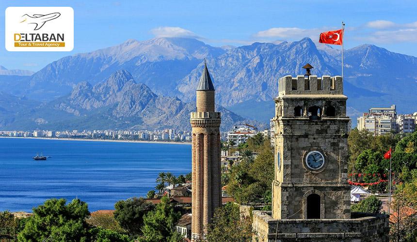 تصویری از برج ساعت آنتالیا