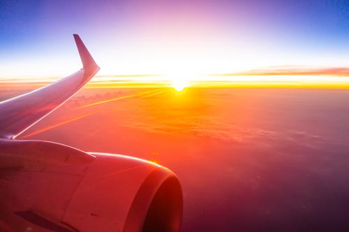 غروب زیبا از پنجره هواپیما