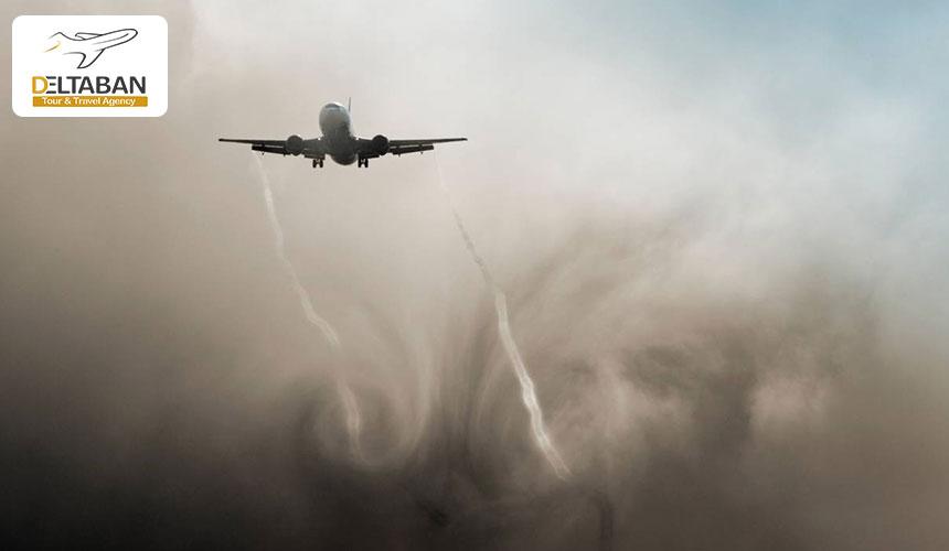 هواپیما در دام توربولانس