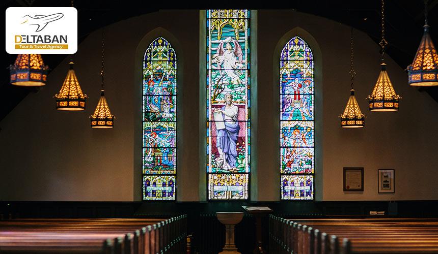 تصویری از داخل یک کلیسا در زوریخ