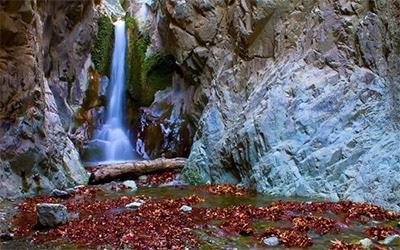 نمای زیبای آبشار دافارد کرمان