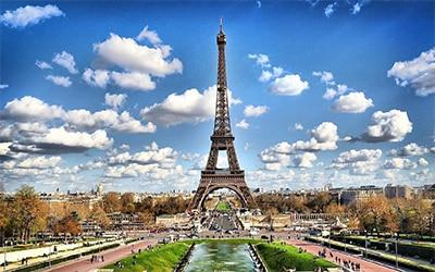 تصویر برج ایفل در پاریس پایتخت فرانسه
