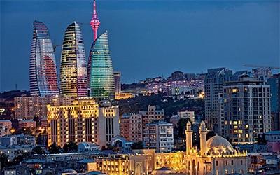 نمای شهر باکو در کشور آذربایجان از بالا