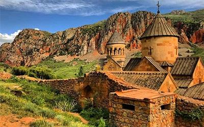 تصویر یک صومعه تاریخی ساخته شده در ارمنستان