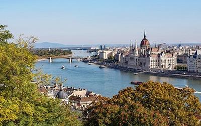 نمایی زیبا از اب های مجارستان