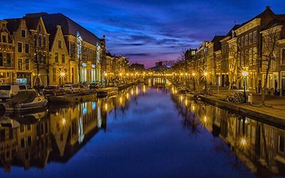 تصویری از شب های هلند