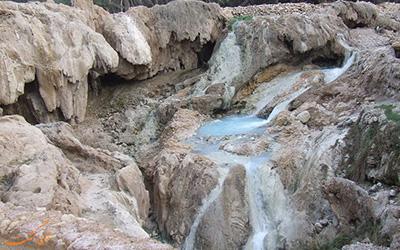 نمایی از چشمه آب گرم بندرعباس