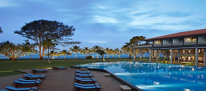 محوطه هتل Cinnamon Bey Resort