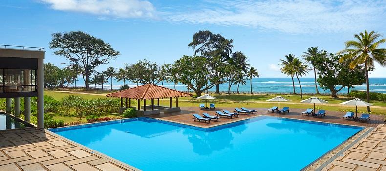 محوطه Cinnamon Bey Resort