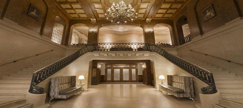 نمای هتل Le Chateau Frontenac