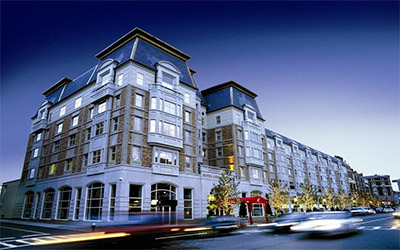 تصویر یکی از ساختمان های مشهور شهر بوستون آمریکا