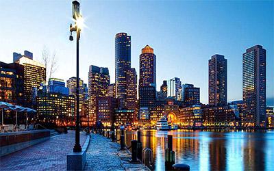 تصویری از شهر بوستون در هنگام غروب