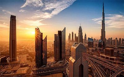 نمای شهر دبی در هنگام غروب