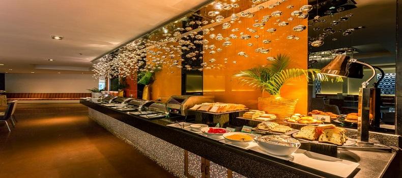 وعده غذایی Nova Platinum Hotel