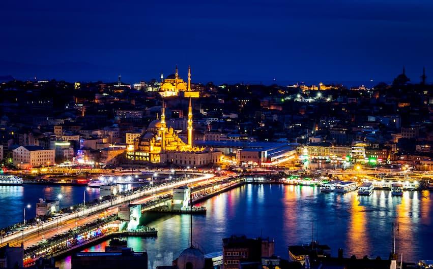 محدودیتهای تردد شبانه در استانبول