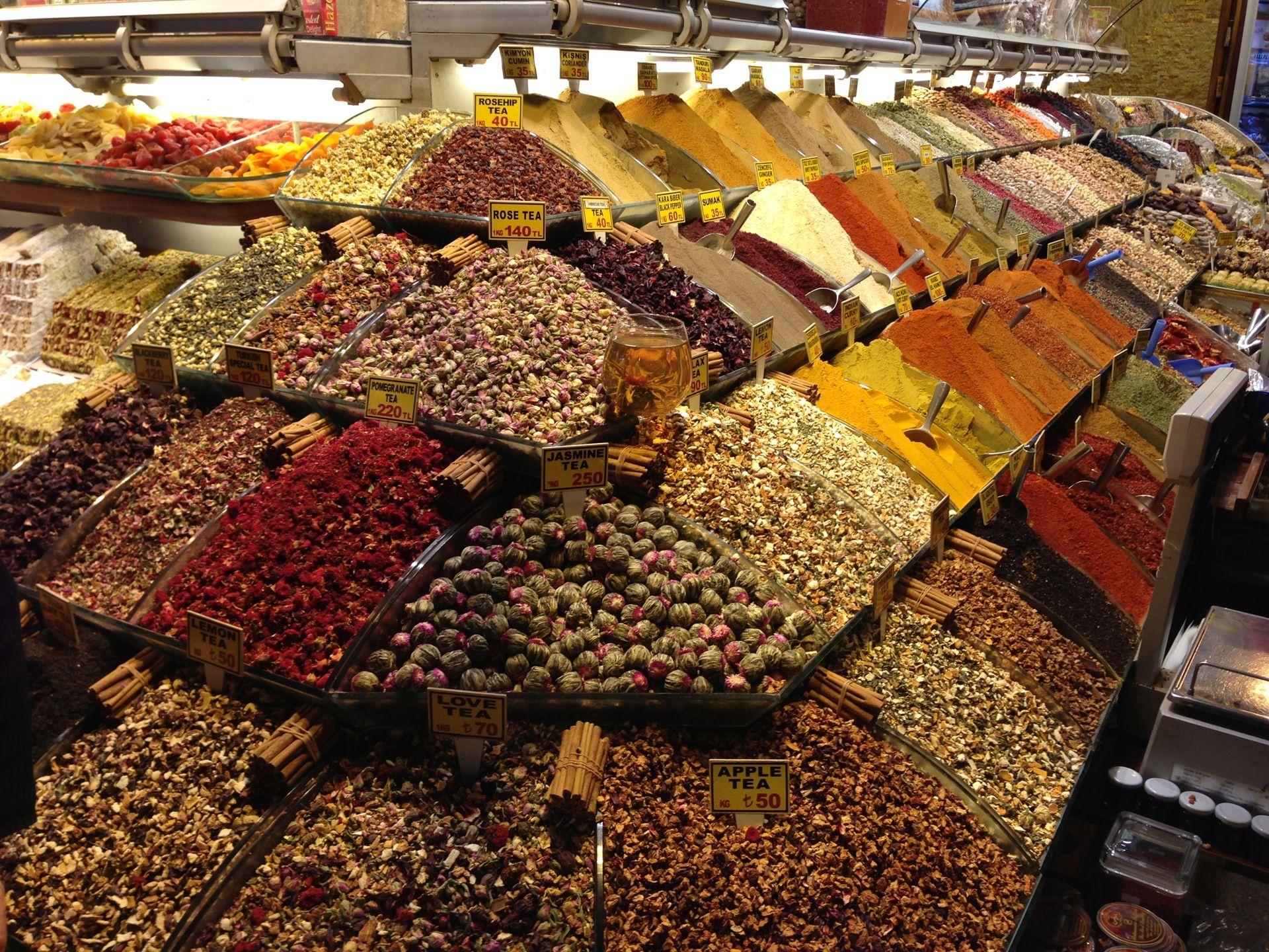 12- گالاتا Galata  از بهترین مراکز خرید استانبول