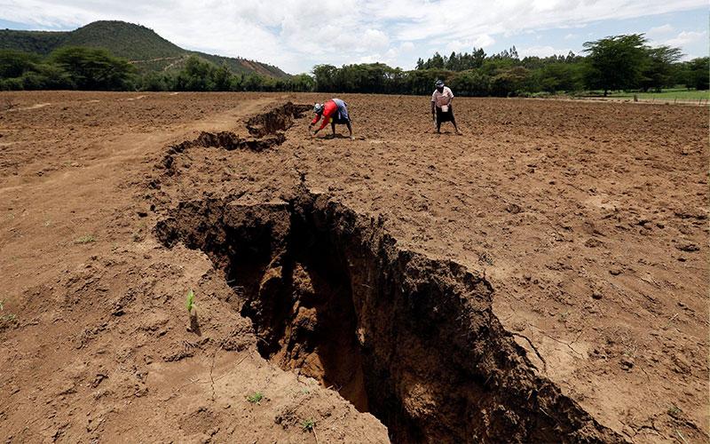 دره ریفت و تعجب نگاه کردن به آن در کنیا