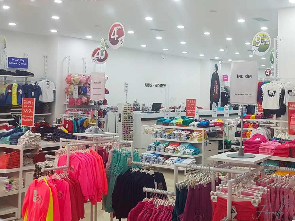 فروشگاه چیکو Chicco از مراکز خرید لباس کودکان در استانبول