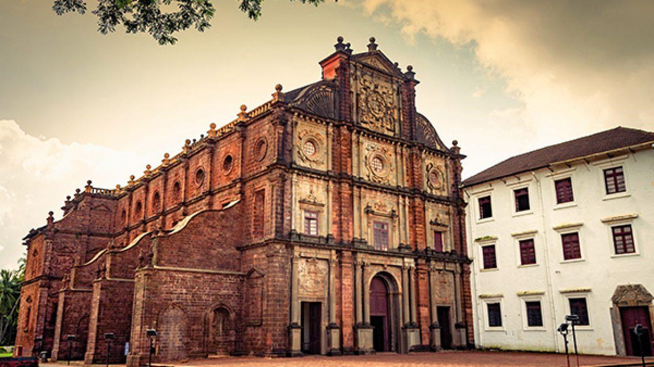 5- باسیلیکا دِ بوم جیزِز از قدیمیترین جاذبههای گردشگری گوا